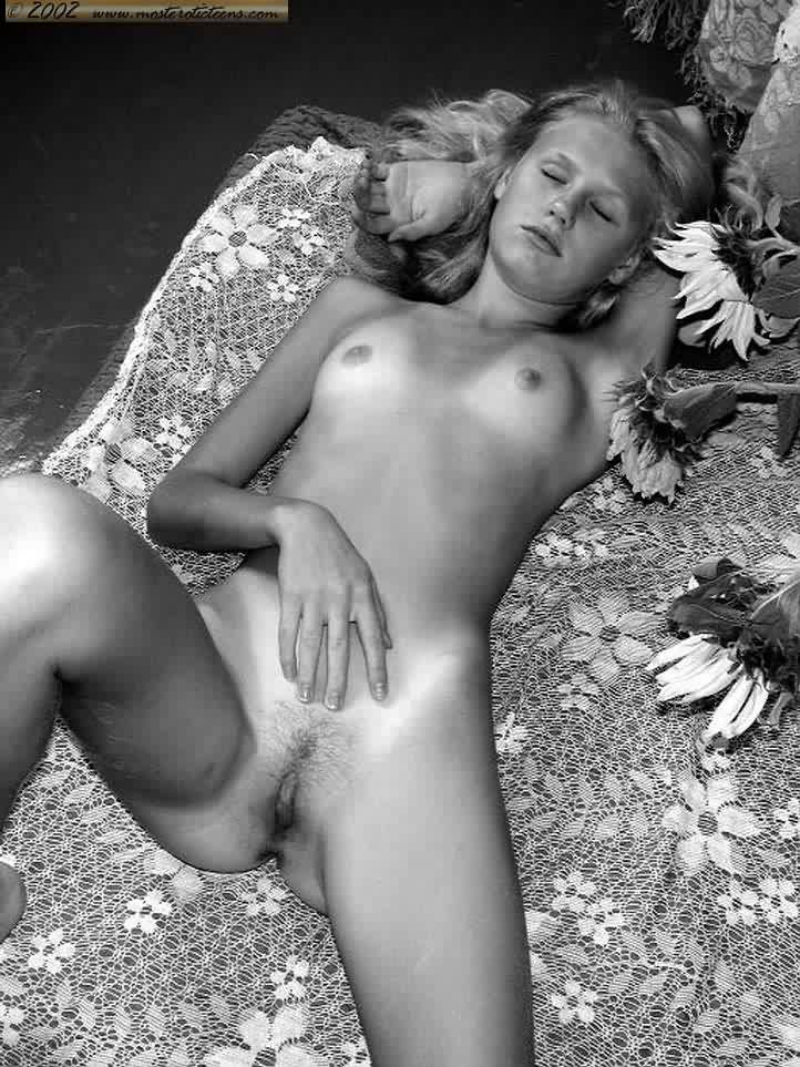 Art nude pic young
